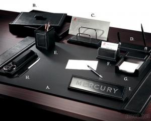 Executive Leather 9 - PC Desk Set