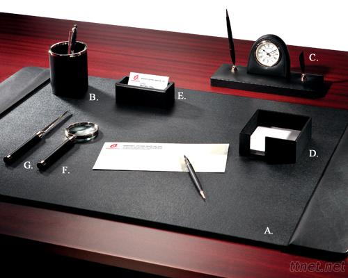 Super Leather 7 - PC Desk Set
